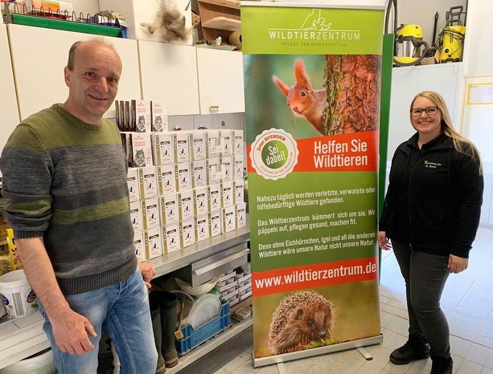 Tiershop Dr. Flöck zur Spendenübergabe im Wildtierzentrum